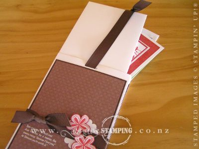 Pull-up Treat Gift Box for Cards Open
