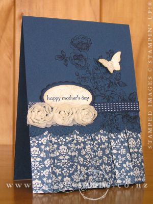 Mothers Day Box-Pleat Card