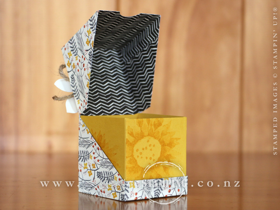 Painted Harvest Diagonal Opening Gift Box